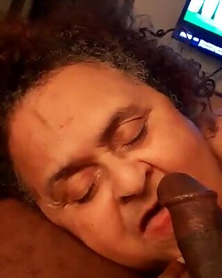 Granny is addicted to the Dick