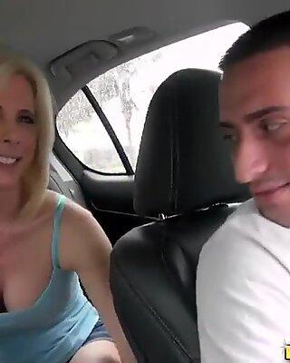 Companheiro seduz maduras mulher para foder duro