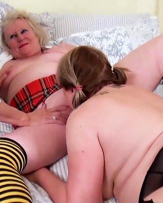 Oldnanny Three Lesbisk Britisk Moden Pornostjerner
