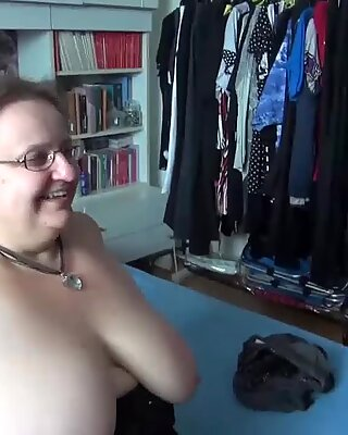 Omahunter Teenie Mädchen Licks Pummelig Reif Große Titten