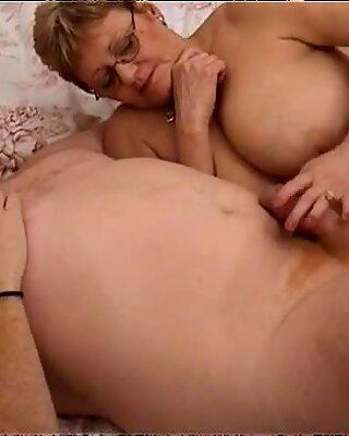 Böse Arzt wird mit Skanky Fett Hausfrau namens Lynn gelegt