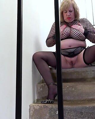 EuropeMaturE British Mature Pornstar