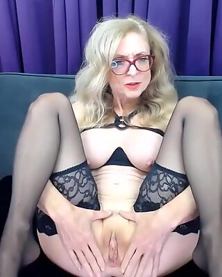 61 years old Nina fucks ass