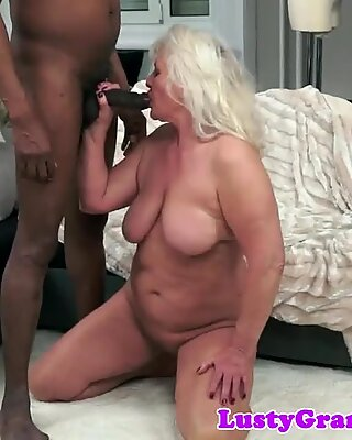 GroßARTIG OMA Gerammelt von Big Schwarz Penis
