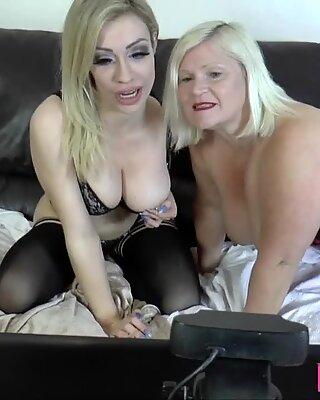 Lesbiene Gran mănâncă și Jucării Pasarica