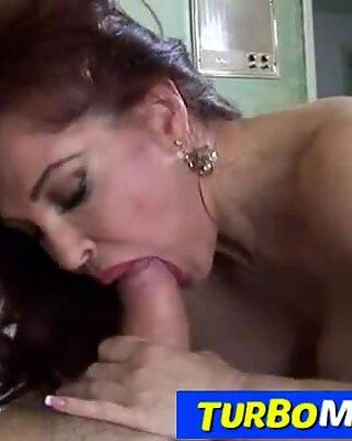 Hot Roșcatul Matusa cu Tineri Sexy Vanessa suge Grasă Pula