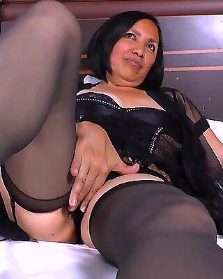 AGEDlove Notgeil Reif Latina Mädchen Hardcore Sex