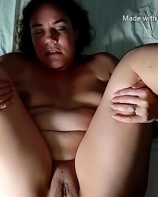 Amatør kurvet kone bliver stramt røv kneppet og sæd i fissen