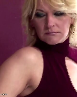Old lesbian ass lickers fuck girl and piss