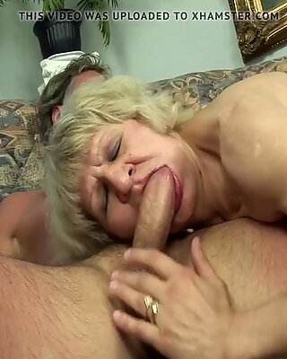 Grandmas old pussy wants the young cock!