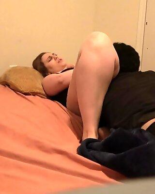 Ehefrau unterhält sich über das ficken anderer männer beim ficken ehemann
