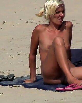 FEUCHT PUSSY NICHTGRÜFUNG Nudist REIF Damen Strangschlüssel Spyvideo