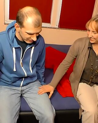 AmateurEuro - Sexy German Wife Claudia W. Takes Cock On Cam