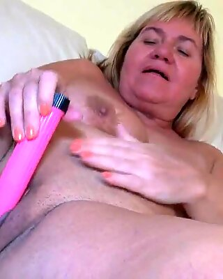 Old Granny Mature does fun with a Toy