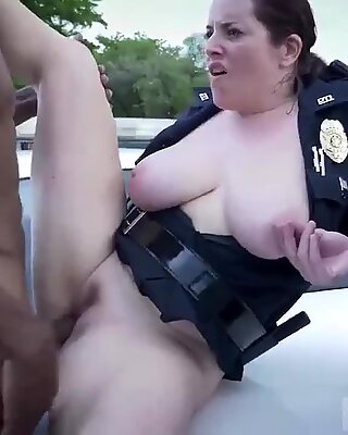Blondi MILF Tits Anaali ja Putkuka Rattsastus Olemme lakia Minun niggas ja laki tarvitsee Pikimusta